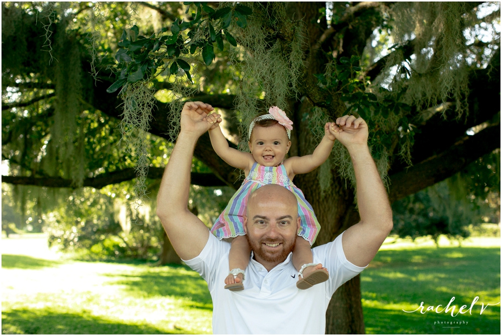 Family Portrait session in Baldwin park, Orlando, Florida with Rachel V Photography