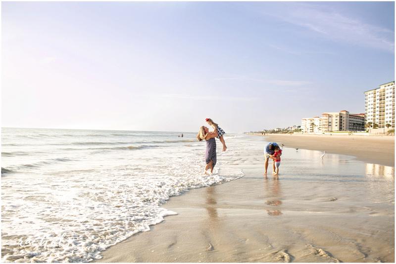 New Smyrna Beach family portraits with Rachel V Photography