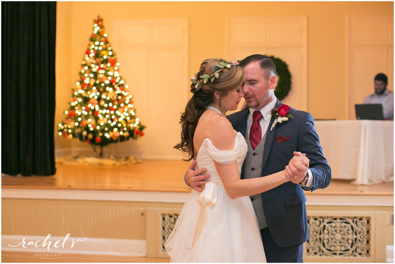 Holiday theme wedding at the Womens Club of Winter Park in Winter Park Florida with Rachel V Photography