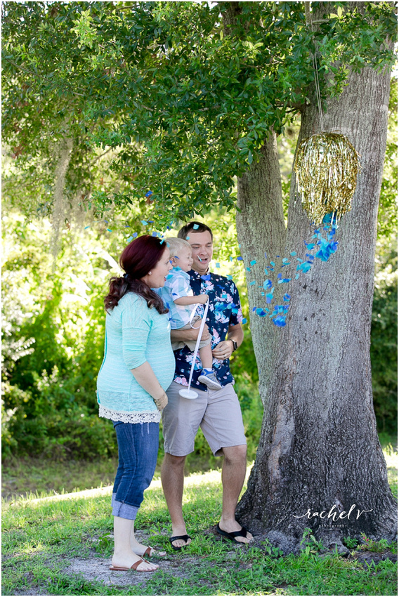 Melissa creates gender reveal with Rachel V Photography